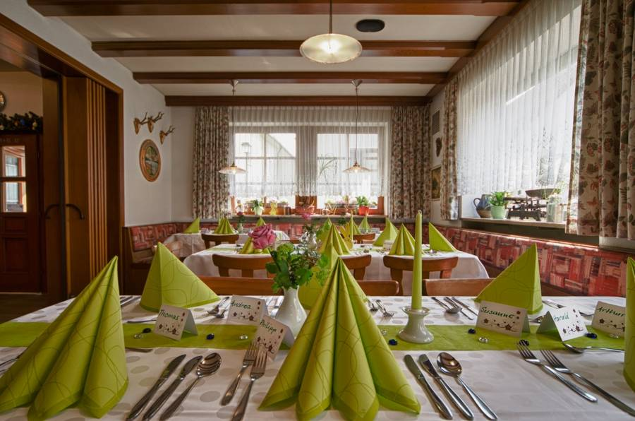 Gaststube des Gasthof Zur Wolfsschlucht in Muggendorf
